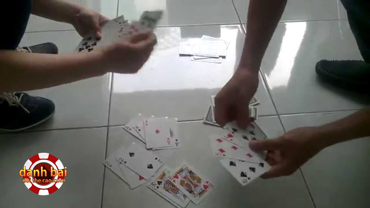4 Cách chơi ba cây bịp, gian lận cực kỳ đơn giản